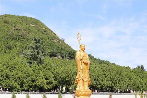 九里山公墓二区佛像