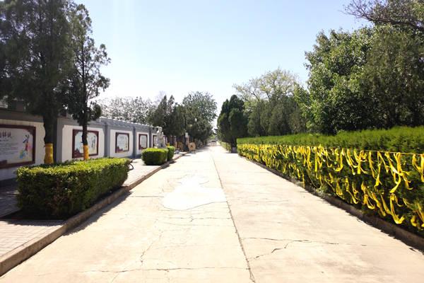 八达岭人民公墓