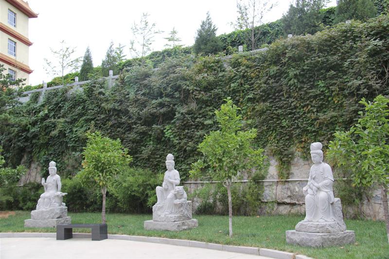 北京周边三河灵山宝塔陵园