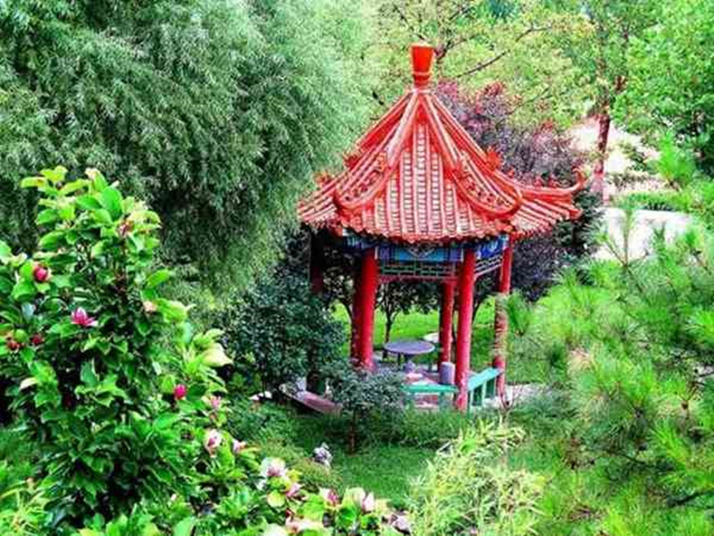 三河灵山宝塔陵园塔