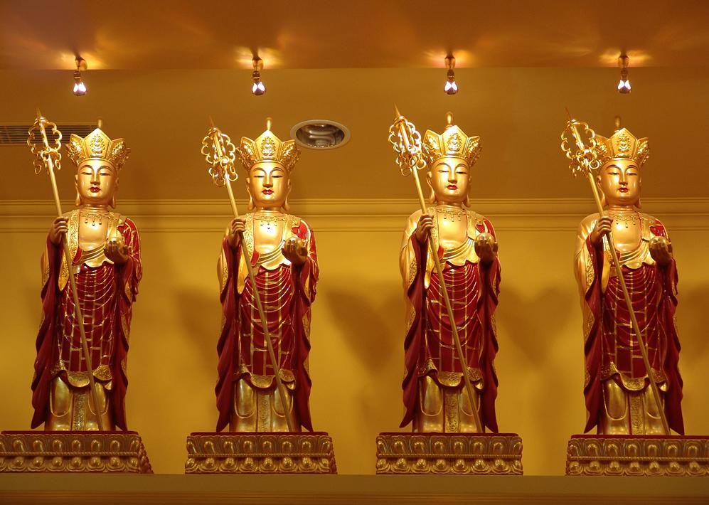 清东陵万佛园公墓佛像