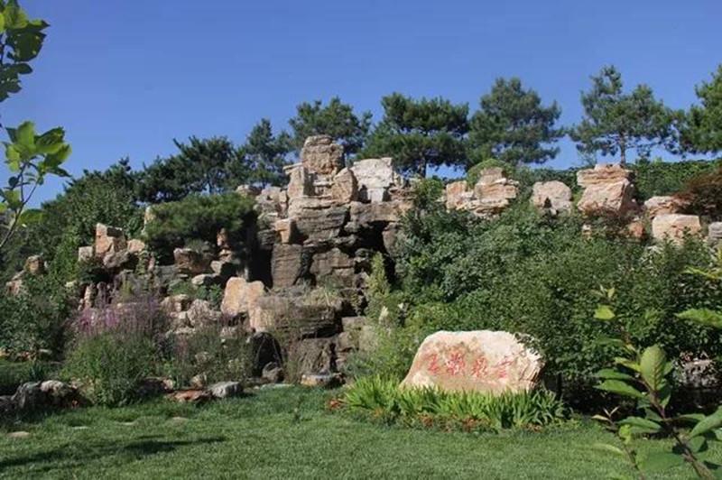 北京灵山宝塔陵园景观
