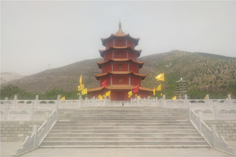涞水县皇家龙山陵园