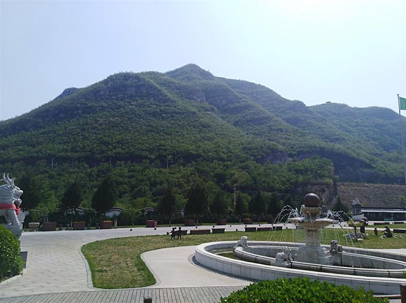 桃峰园公墓