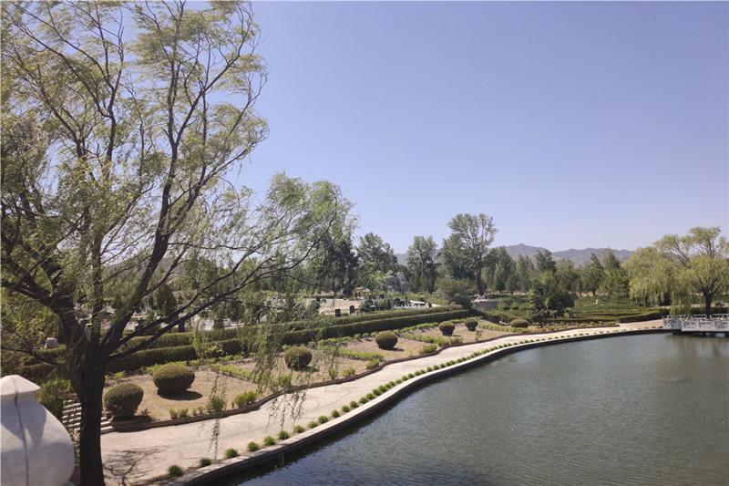 官厅中华永久陵园景观
