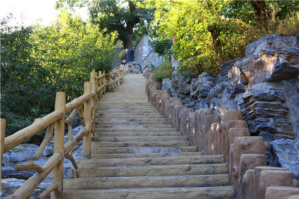 金山陵园扶梯