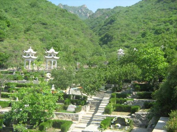 九公山长城纪念林景观图