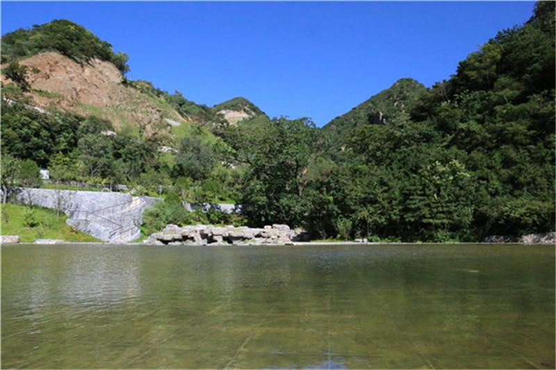 怀柔九公山公墓环境
