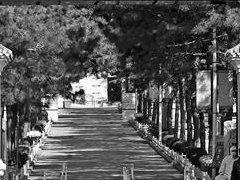 首个祭扫高峰日,北京公墓陵园周边交通畅通