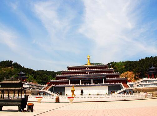 清东陵万佛园墓地环境内景