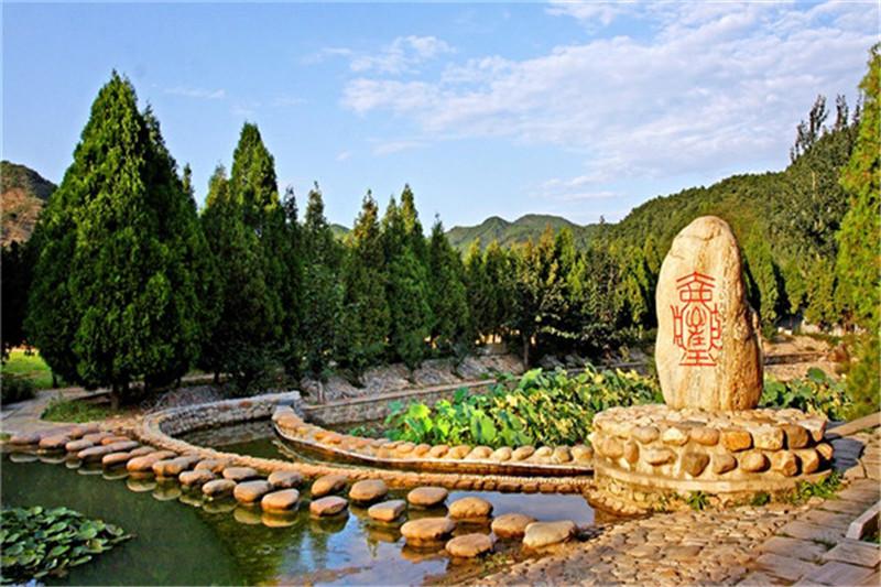 清东陵万佛园墓地多少钱?