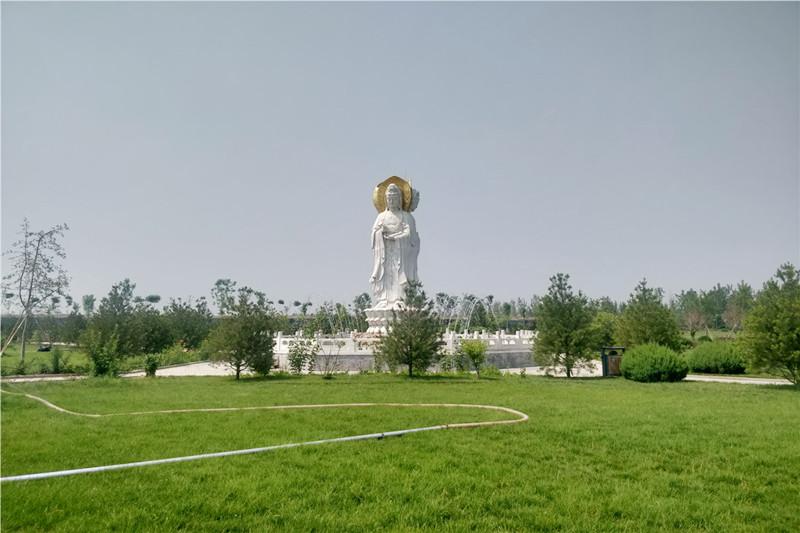 卧龙公墓景观