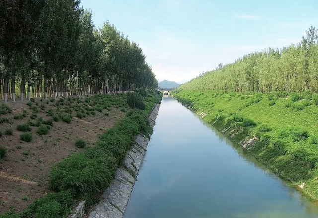 九里山公墓二区对面京密引水渠