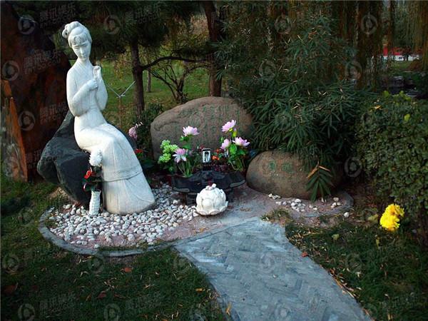 天寿陵园林黛玉塑像