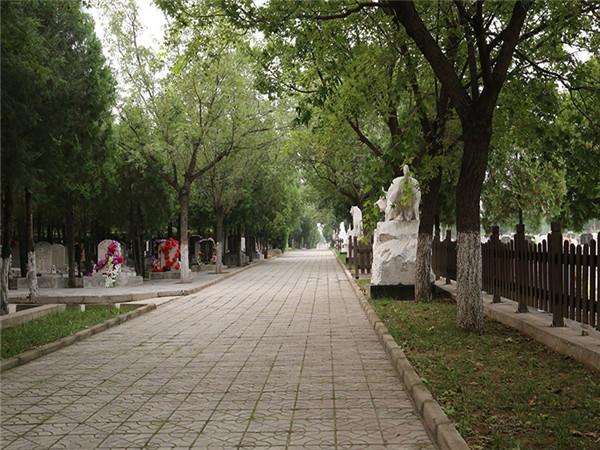 北京佛山陵园环境