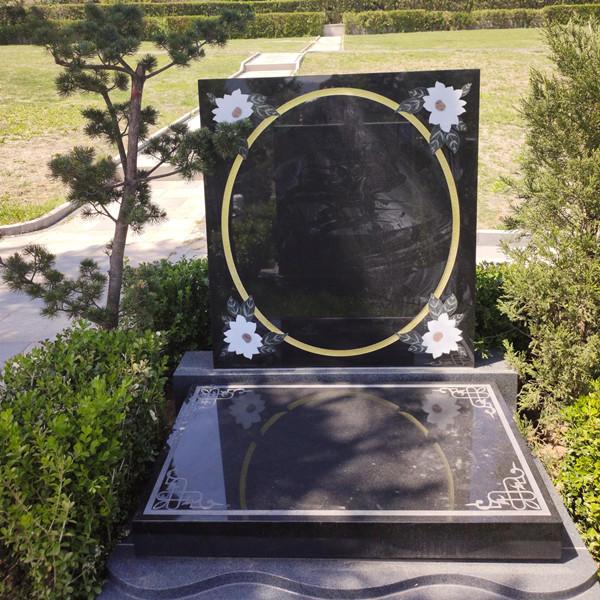 天寿陵园墓碑